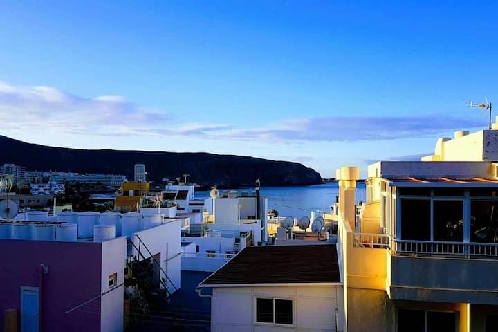 Sunny & Ocean View apartment
