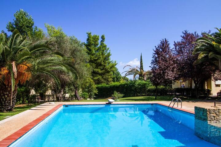 Sani Seaside Luxury - Villa Ariadni Private Retreat