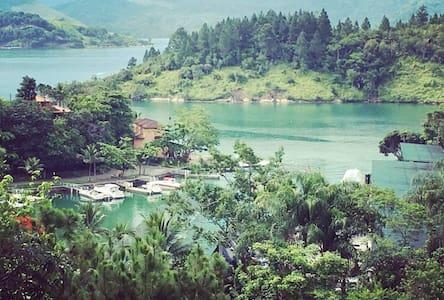 Angra Green Coast Residence Service .Padrão Resort