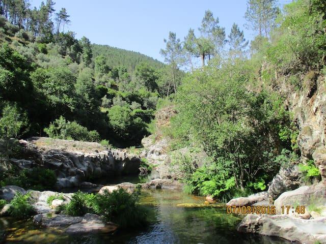 1 van de vele , heerlijke zwemwateren uit de omgeving