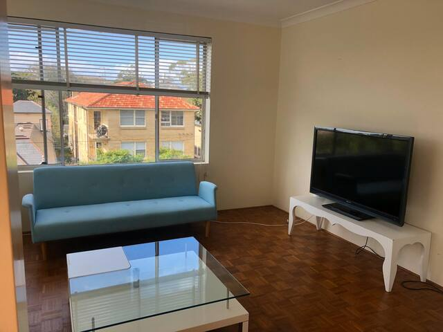 DOUBLE ROOM -girls only- BRONTE