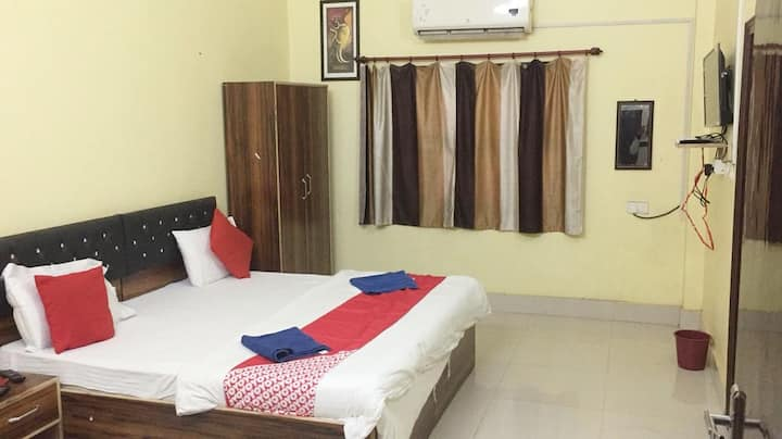 Gangotri Paying Guest House A/C Double Room