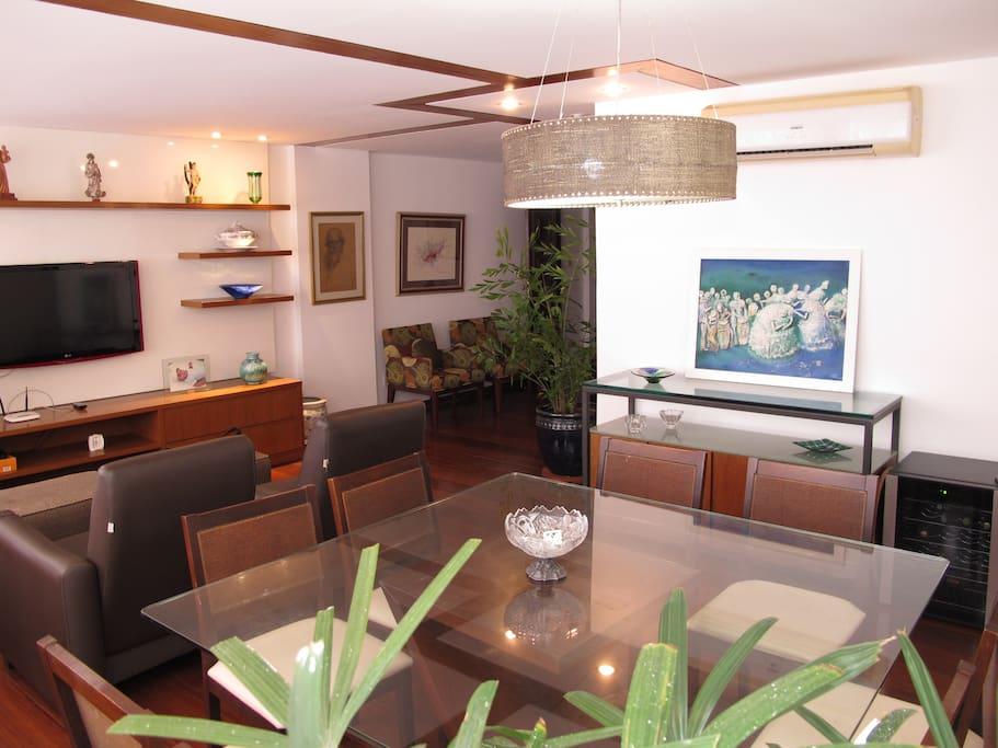 Living e Sala de Jantar