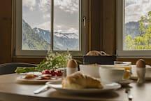 Frühstück mit Panoramablick