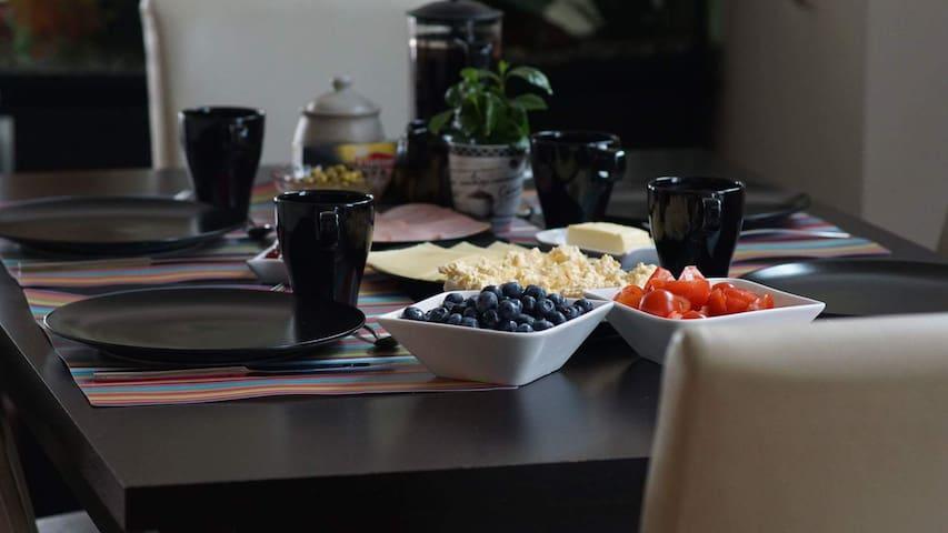 Modern apartment in Klaipėda with breakfast
