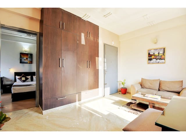 OLIVE 1 BHK with Kitchen near Medanta Medicity GGN