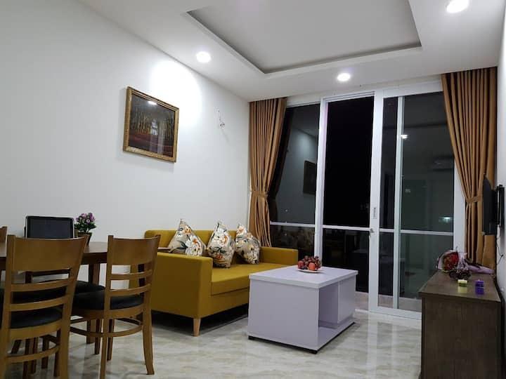Tulip apartment & Hotel Hòn Chồng Beach
