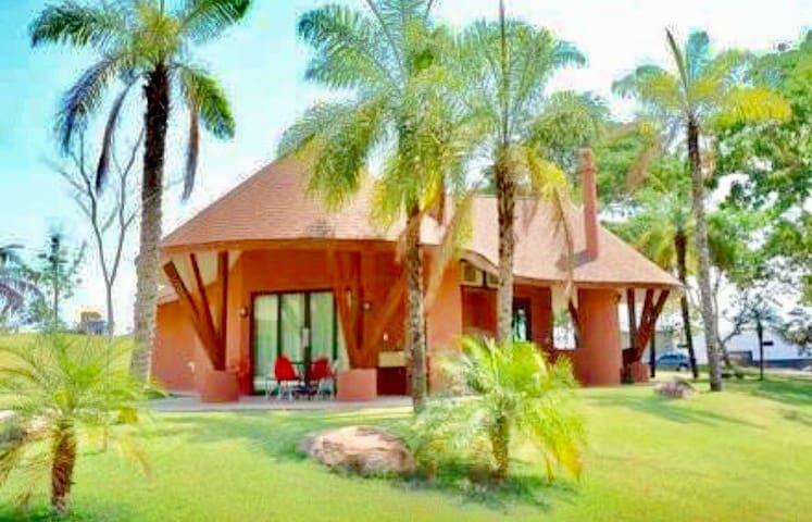 Malai Manso Resort  (ACOMODAÇÕES INTEIRAS)