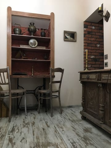 Exclusive 19 th Century Apartament