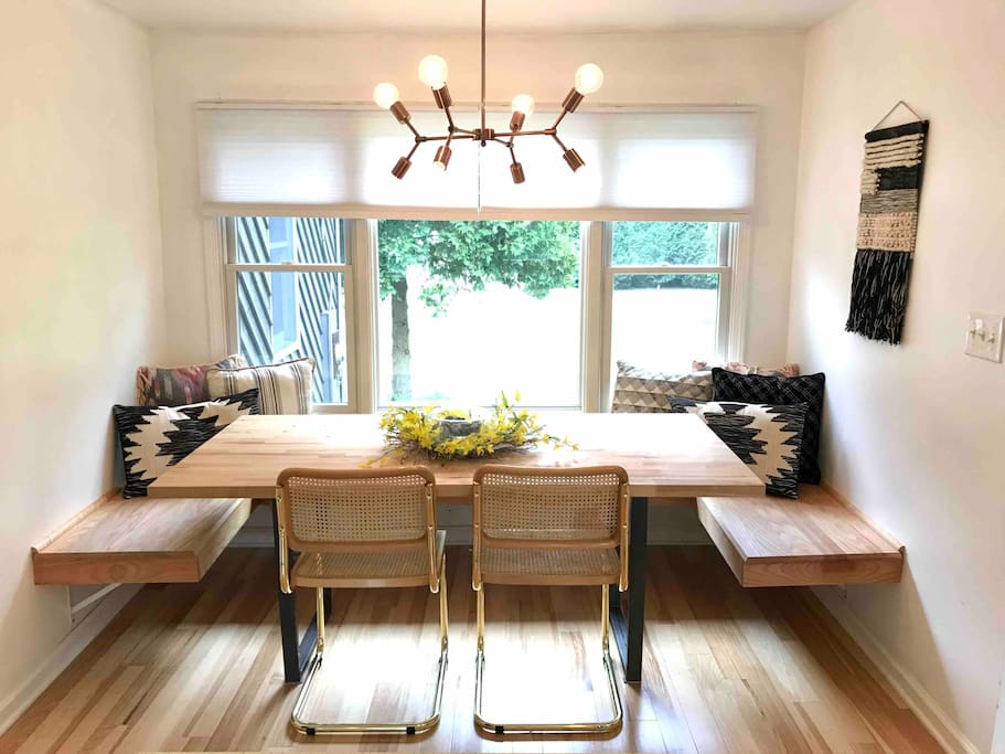Breakfast nook, perfect place to start your day! Seating for 8+ opens up to the kitchen and living area, making one large space for everyone
