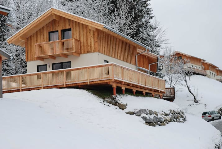 Luxuriöse und geräumige acht Personen-Ferienhaus - Annaberg im Lammertal - Chalet