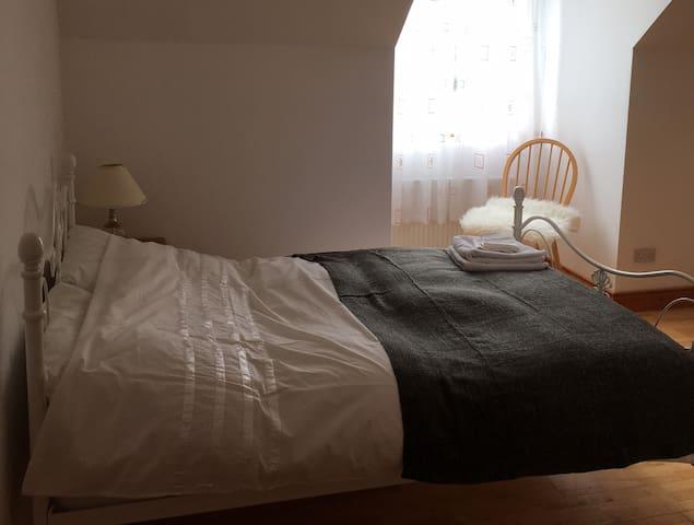 Loft Bedroom near Loughrea, county Galway - Loughrea - Talo