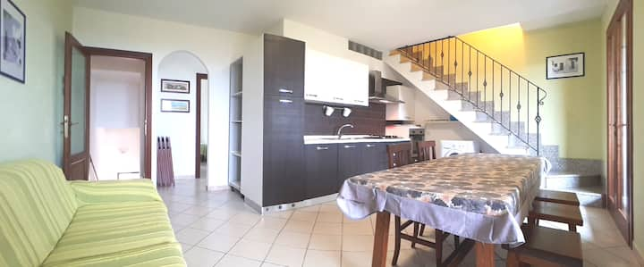 Apartment with terrace and sea view 180 degrees