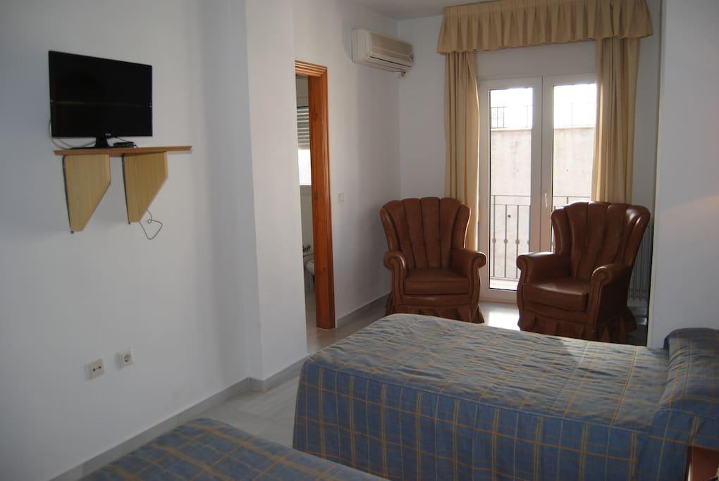 Habitación triple - tres camas