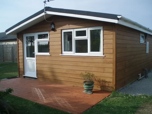 Superior 2 Bedroom 4 Berth Chalet in Padstow