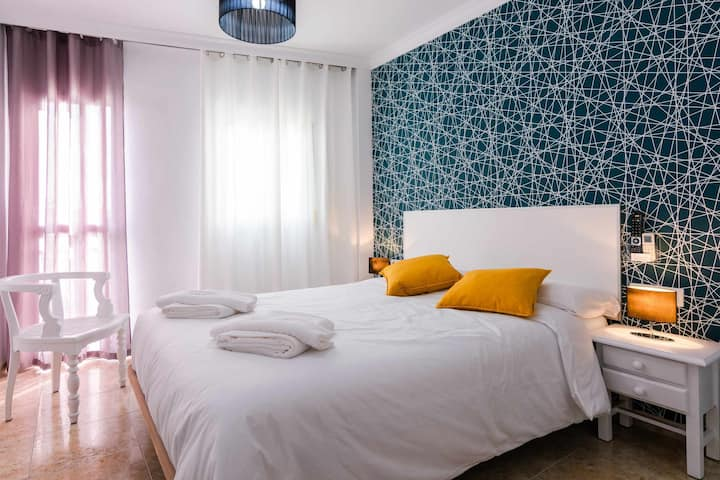 204 quiet & spacious room with bed of 150 cm