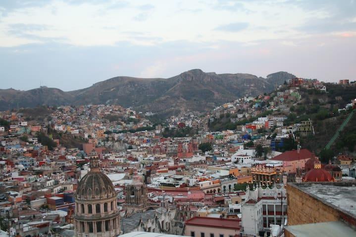 """Habitación """"2"""" del Laurel, Guanajuato centro."""
