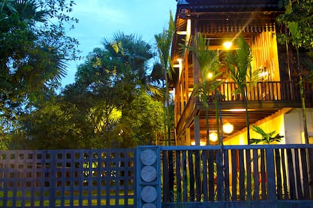 Paradise Retreat Villa with Outdoor Pool - Krong Siem Reap