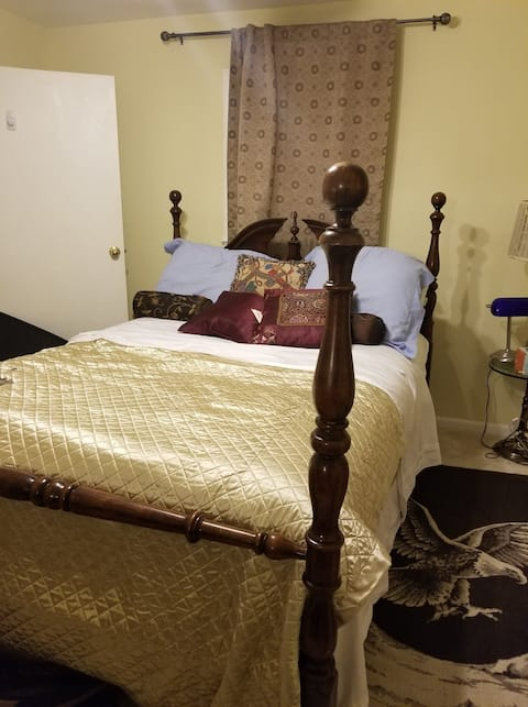 Luxurious Room TV & Desk 5 mins to DC FREE Parking