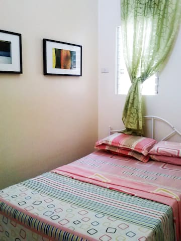 family-friendly townhouse - Cordova - Lejlighed