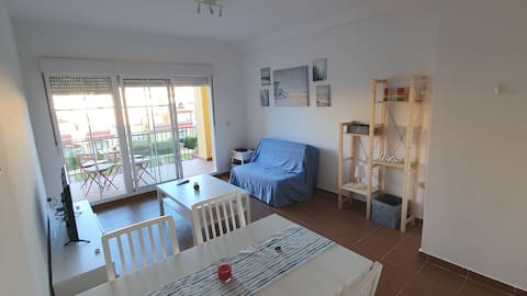 6 guests apartment with pool, barbeque and paddle
