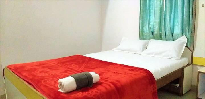 Private Room In Koregoan Park