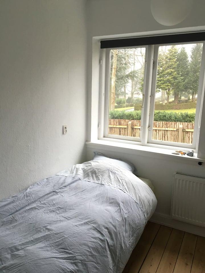 Centralt værelse i Horsens C