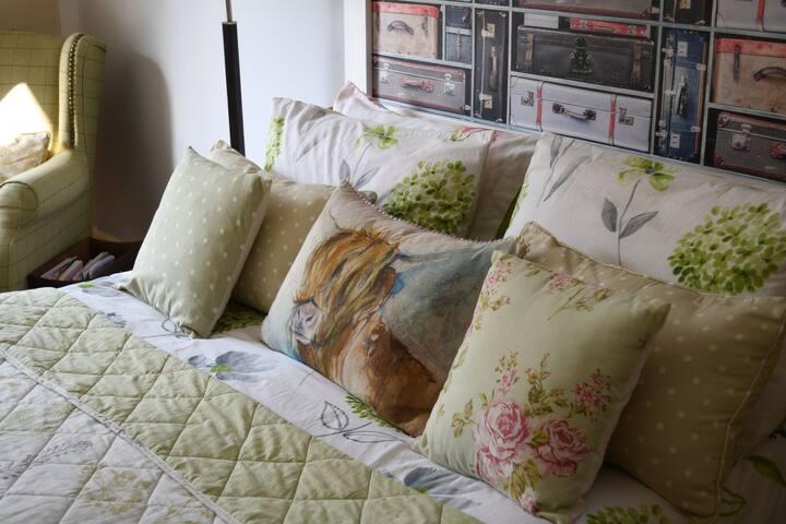 Very cosy.