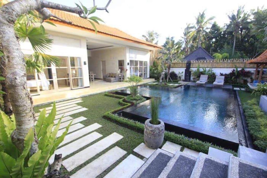 Villa Rumah Lumbung 2 BR with stunning swimming pool
