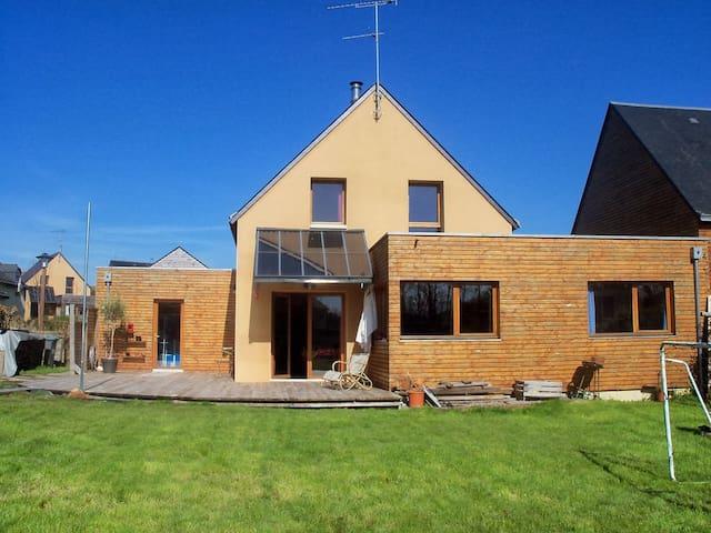 Agréable maison à la campagne - Langouet - Casa
