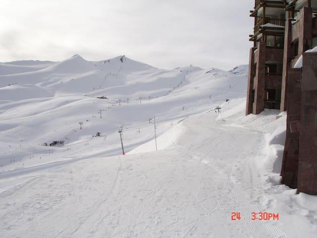 Maravilloso Depto en Valle Nevado Centro de Ski - Lo Barnechea - Appartement