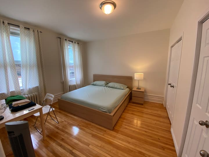 Renovated One-Bed Apartment in Downtown Ottawa