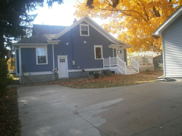 Downtown Ludington  4 bedroom spacious home