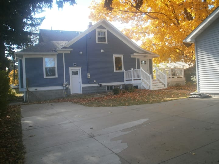 Downtown Ludington 4 BR Spacious Home