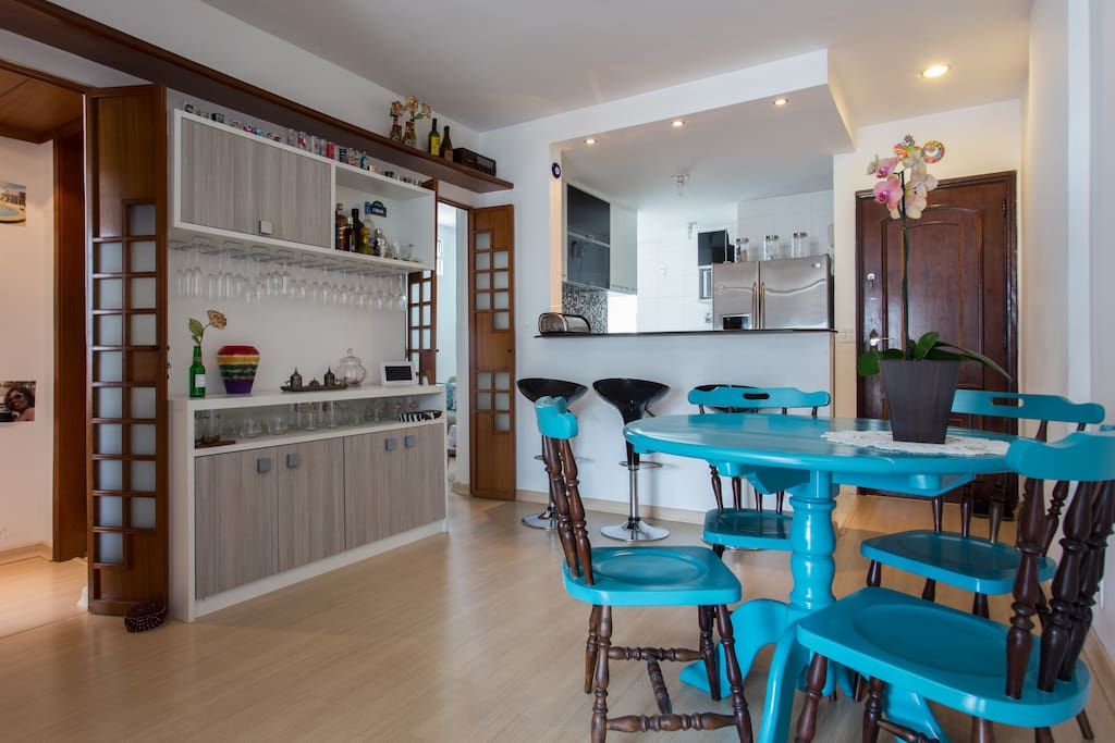 Kitchen integrated with dinner room.