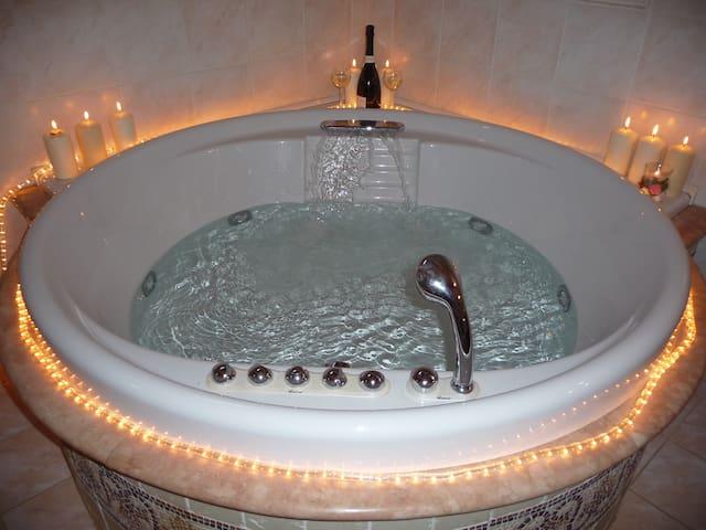 LA CASA DI TERLAGO-Suite con vasca idromassaggio