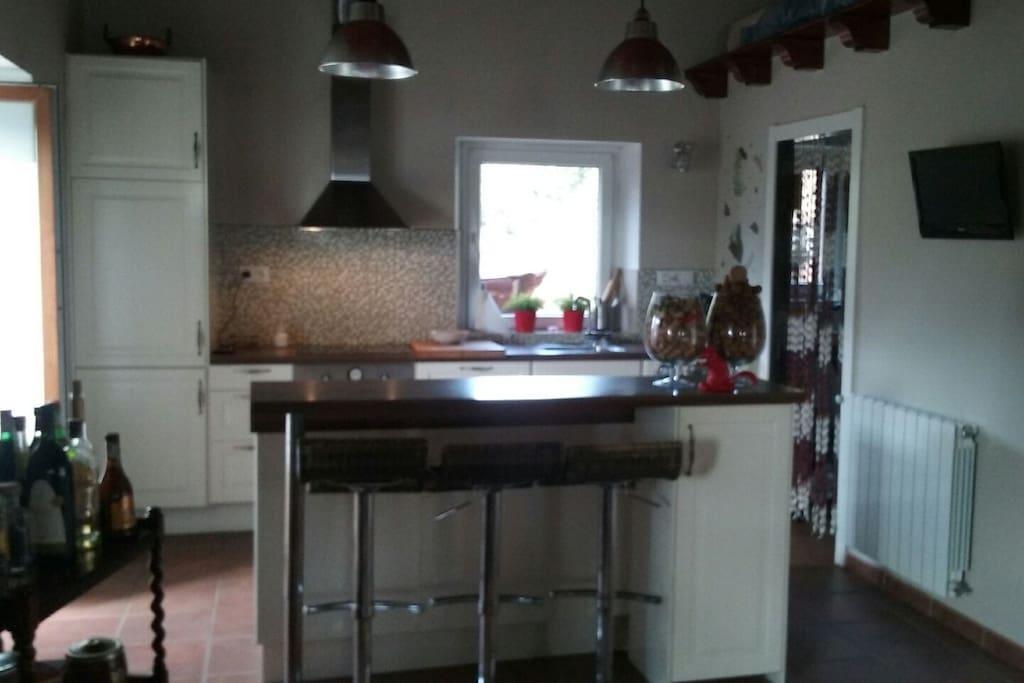 cocina integrada en salón 80m