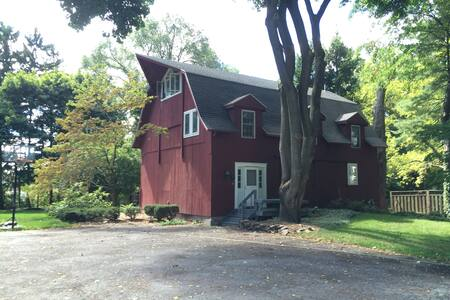 3-bedroom Renovated Barn in Village of Pittsford - 匹兹福德(Pittsford) - 独立屋