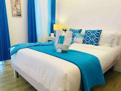 Cozy Santorini Feels - Blue Bella Tagaytay (New)
