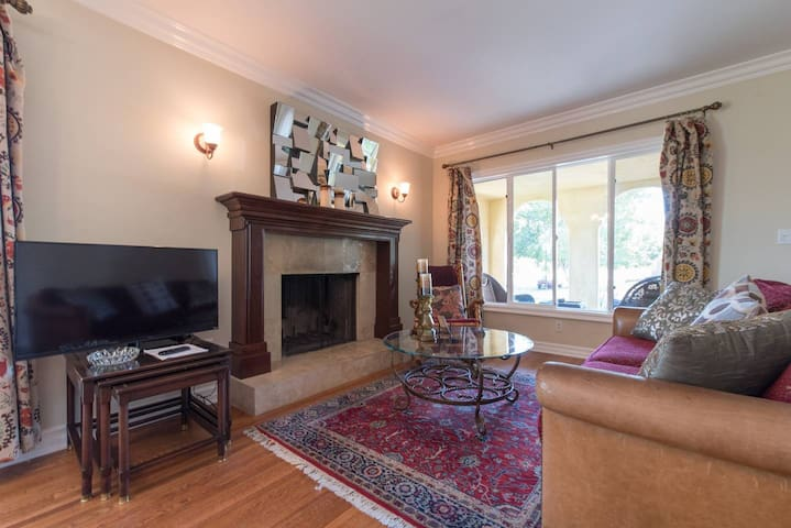 Atwater Village Charmer.  2 bedrooms, 1 bath.