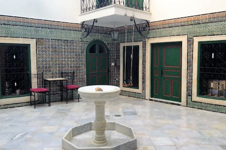 Typical house of the Medina, 17th century - Tunis - Casa