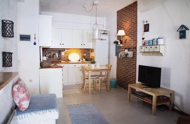 #Luxlikehome Cute Siviri House