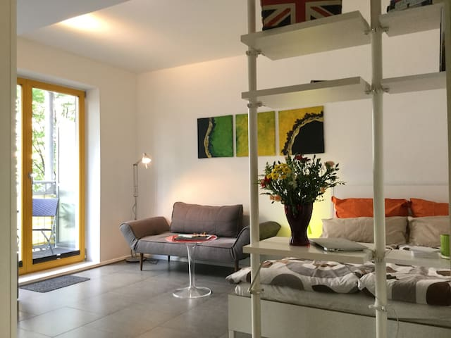 The Little Cozy Suite near Spree