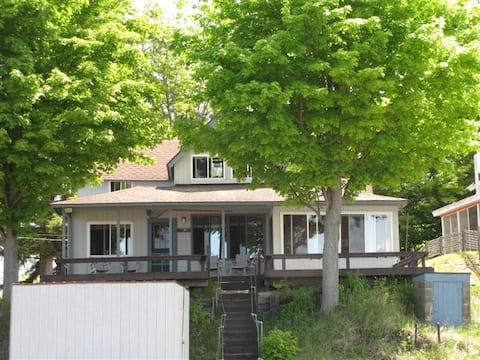 LAKE ONTARIO-PULASKI-SALMON RIVER 4 BR Cottage