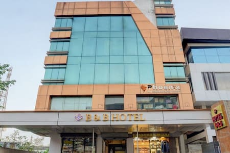 B and B Hotel