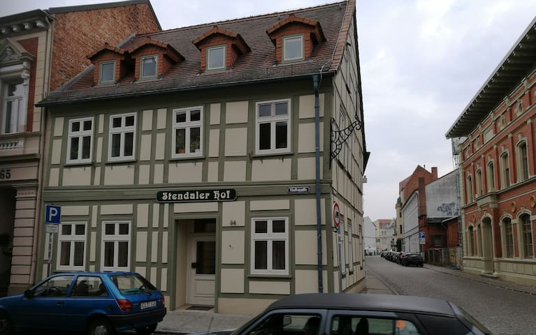 Pension Stendaler Hof - Stendal - Bed & Breakfast