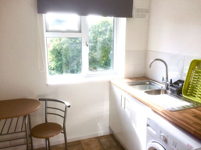 Spacious Flat in Sunny Exmouth