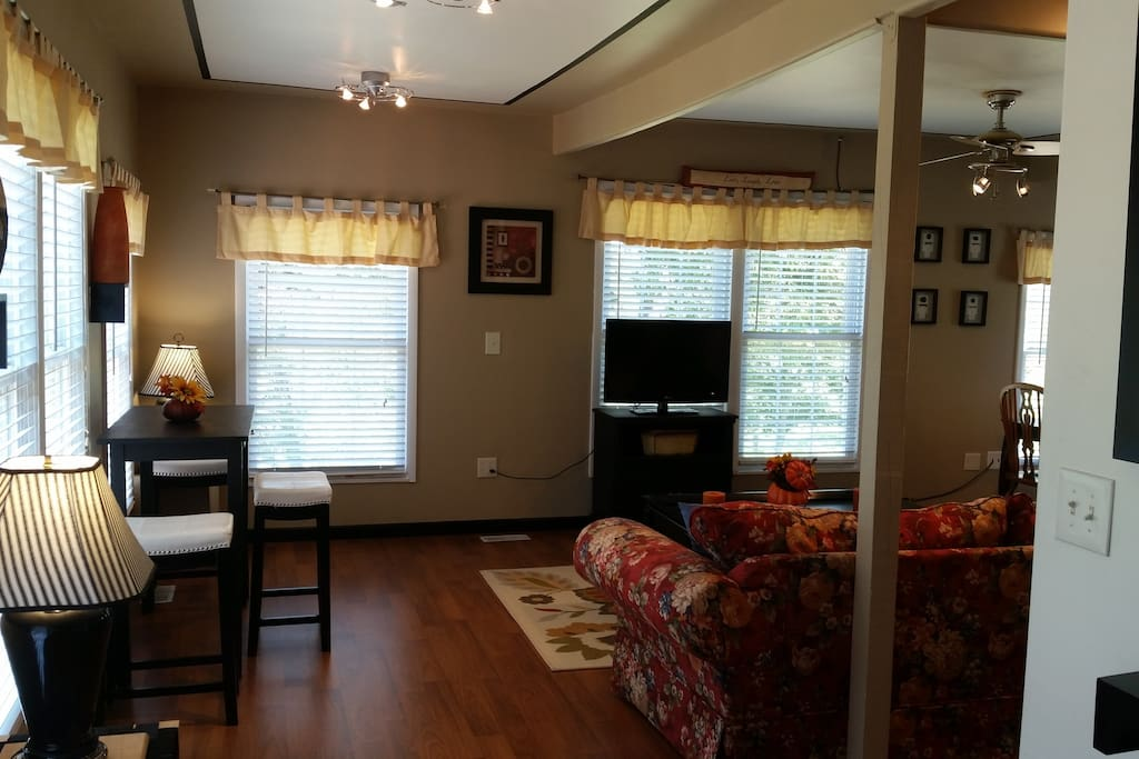 Johnson City Tn Etsu Western Carolina Game Apartments For Rent In Piney Flats Tennessee