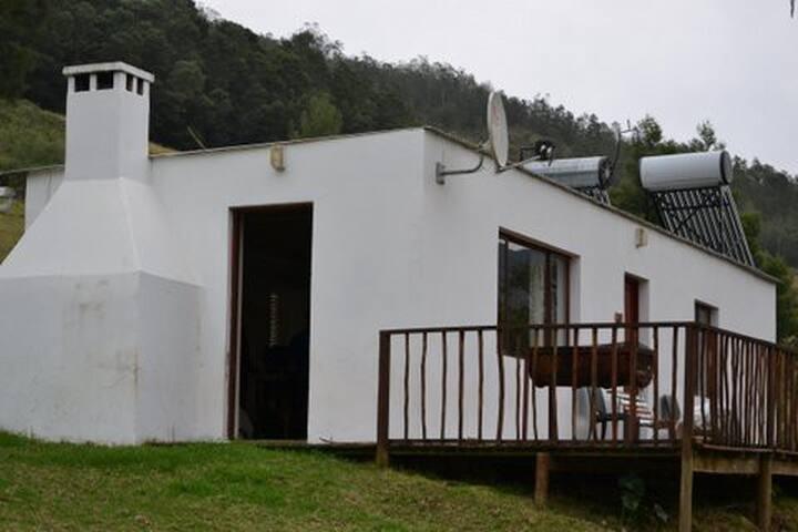 Brick unit. One bedroom with en suite bathroom. Open plan living/kitchen area. Sleep 6