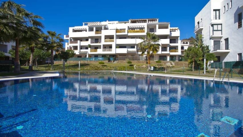 Alamar La Cala de Mijas 1 bed apartment with pool